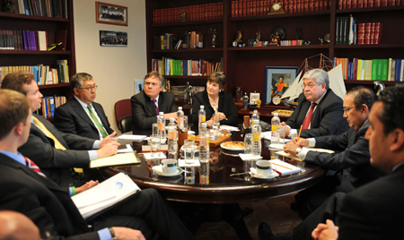 During a meeting with representatives from Mexico's Federal Judicial Council, the ABA ROLI delegation discusses judicial exchanges.