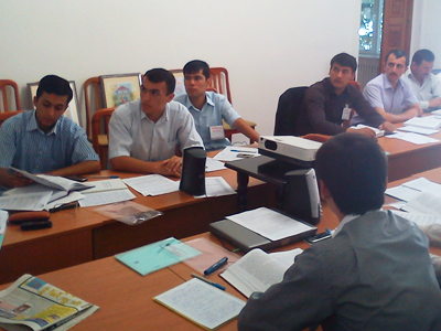 As part of the Criminal Procedure Code training series, trainers employed an interactive approach, encouraging participants to discuss topics relevant to their day-to-day police work.